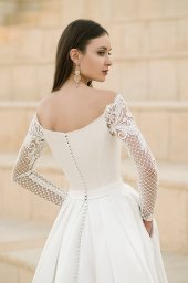 Wedding dresses Frederika Collection  Fresh Touch  Silhouette  A Line  Color  Ivory  Neckline  Straight  Sleeves  Off the Shoulder Sleeves  Long Sleeves  Fitted - foto 5
