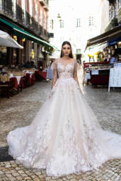 Wedding dresses Kessi Collection  Lisbon Lace  Silhouette  A Line  Color  Pink  Ivory  Neckline  Sweetheart  Sleeves  Off the Shoulder Sleeves  Train  With train - foto 5