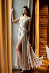 Evening dresses №1397  Silhouette  A Line  Color  Silver  Neckline  Sweetheart  Sleeves  3/4 Sleeves  Train  No train - foto 4