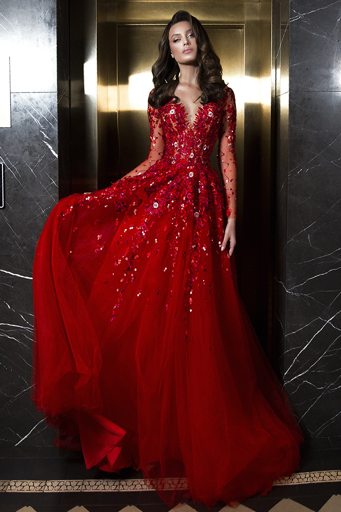 Evening dresses 1844 Silhouette  A Line  Color  Red  Neckline  Sweetheart  Scoop  Sleeves  Long Sleeves  Train  With train - foto 2