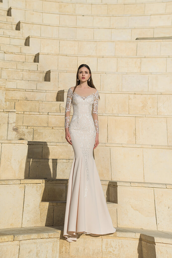 Wedding dresses Wallis Collection  Fresh Touch  Silhouette  Sheath  Color  Cappuccino  Ivory  Neckline  Sweetheart  Sleeves  Long Sleeves  Fitted  Train  With train - foto 4