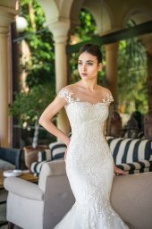 Wedding dresses Melisandra Collection  Fresh Touch  Silhouette  Mermaid  Color  Ivory  Neckline  Sweetheart  Sleeves  Off the Shoulder Sleeves  Train  With train - foto 2