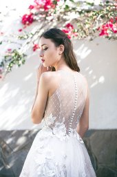 Wedding dresses Skyler Collection  Lisbon Lace  Silhouette  A Line  Color  Pink  Ivory  Neckline  Halter  Sleeves  Sleeveless  Train  With train - foto 8