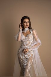 Wedding dresses Mona Collection  New Look  Silhouette  Fitted  Color  Cappuccino  Ivory  Neckline  Sweetheart  Sleeves  Spaghetti Straps  Train  Cape  With train - foto 2