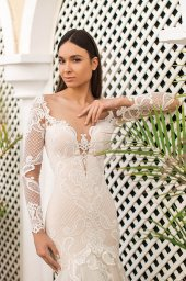 Wedding dresses Gustava Collection  Fresh Touch  Silhouette  Fitted  Color  Cappuccino  Ivory  Neckline  Sweetheart  Portrait (V-neck)  Illusion  Sleeves  Long Sleeves  Fitted  Train  With train - foto 2