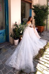 Wedding dresses Filis Collection  Dolce Italia  Silhouette  A Line  Color  Nude  Ivory  Neckline  Sweetheart  Sleeves  Off the Shoulder Sleeves  Train  Detachable train - foto 5