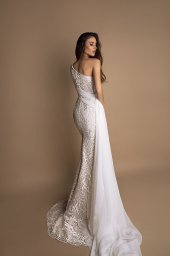 Wedding dresses Daisy Collection  New Look  Silhouette  Fitted  Color  Ivory  Sleeves  One Shoulder  Train  With train - foto 3