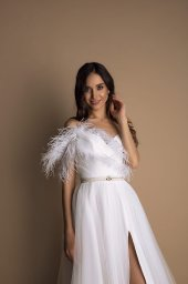 Wedding dresses Mirabell Collection  New Look  Silhouette  A Line  Color  Ivory  Neckline  Sweetheart  Sleeves  Spaghetti Straps  Train  No train - foto 2