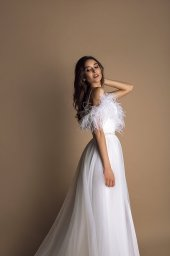 Wedding dresses Mirabell Collection  New Look  Silhouette  A Line  Color  Ivory  Neckline  Sweetheart  Sleeves  Spaghetti Straps  Train  No train - foto 3