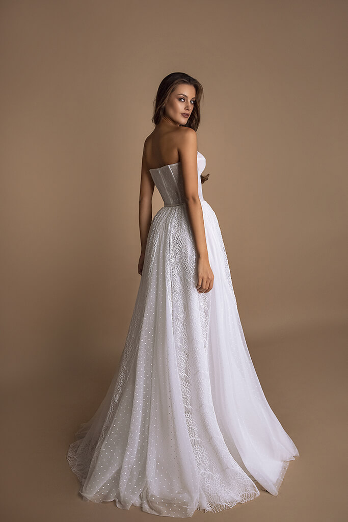 Wedding dresses Beatrice Collection  New Look  Silhouette  A Line  Color  Ivory  Neckline  Sweetheart  Sleeves  Sleeveless  Train  No train - foto 3