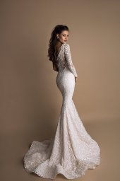 Wedding dresses Demi Collection  New Look  Silhouette  Fitted  Color  Ivory  Sleeves  One Shoulder  Train  With train - foto 2