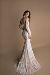 Wedding dresses Ashley Collection  New Look  Silhouette  Fitted  Color  Ivory  Neckline  Halter  Sleeves  Sleeveless  Train  With train - foto 3