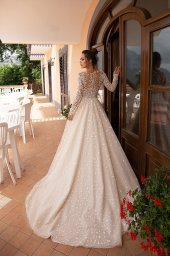 Wedding dresses Miryem Collection  Dolce Italia  Silhouette  A Line  Color  Cappuccino  Ivory  Neckline  Scoop  Sleeves  Long Sleeves  Fitted  Train  With train - foto 3