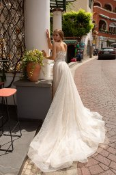 Wedding dresses Ottawa Collection  Dolce Italia  Silhouette  A Line  Color  Silver  Ivory  Neckline  Sweetheart  Sleeves  Sleeveless  Train  With train - foto 2