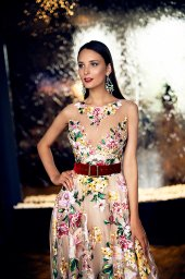 Evening Dresses 1376 Silhouette  A Line  Color  Multi  Neckline  Jewel  Sleeves  Wide straps  Illusion Straps  Train  No train - foto 2