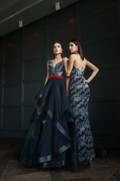 Evening Dresses 1395 Silhouette  Fitted  Color  Grey  Black  Sleeves  Wide straps  One Shoulder  Train  No train - foto 2