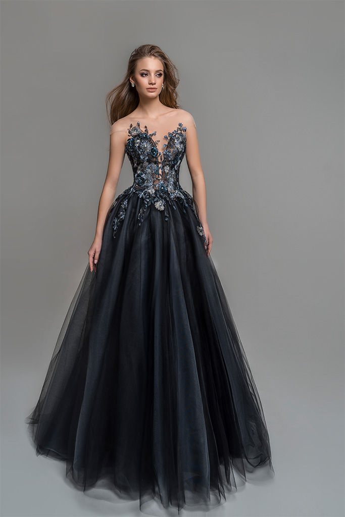 Evening Dresses 1776 Silhouette  A Line  Color  Black  Neckline  Sweetheart  Sleeves  Wide straps  Illusion Straps  Train  No train - foto 2