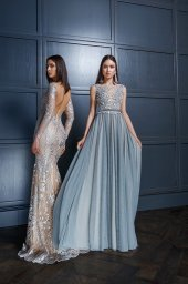 Evening gowns 1409 grey Silhouette  Sheath  Fitted  Color  Grey  Cappuccino  Neckline  Portrait (V-neck)  Illusion  Sleeves  Wide straps  Long Sleeves  Fitted  Train  With train - foto 2