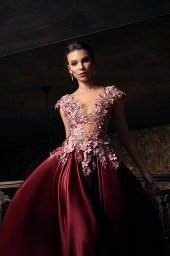 Evening gowns S-1233 Silhouette  A Line  Color  Claret  Neckline  Portrait (V-neck)  Illusion  Sleeves  Wide straps  Illusion Straps  Train  With train - foto 3