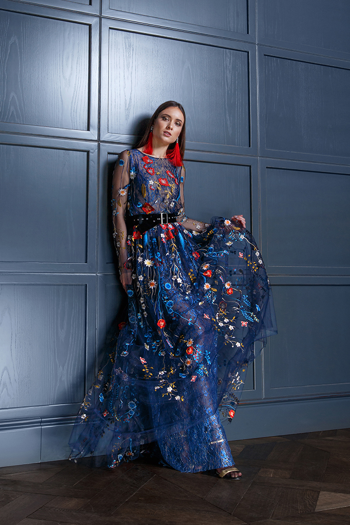 Evening gowns S-1349-1 Silhouette  A Line  Color  Multi  Blue  Neckline  Bateau (Boat Neck)  Sleeves  Long Sleeves  Fitted  Train  No train - foto 3