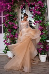 Wedding dresses Jill Collection  Highlighted Glamour  Silhouette  Fitted  Color  Silver  Cappuccino  Neckline  Sweetheart  Sleeves  Long Sleeves  Fitted  Train  Detachable train - foto 2