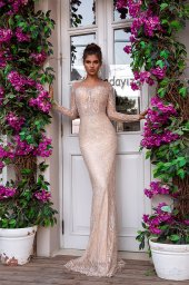 Wedding dresses Jill Collection  Highlighted Glamour  Silhouette  Fitted  Color  Silver  Cappuccino  Neckline  Sweetheart  Sleeves  Long Sleeves  Fitted  Train  Detachable train - foto 4