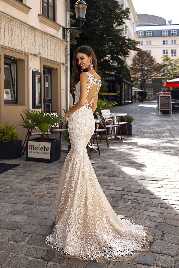 Wedding dresses Tessa Collection  Luxurious Spirit  Silhouette  Fitted  Color  Nude  Neckline  Sweetheart  Sleeves  Wide straps  Train  With train - foto 3