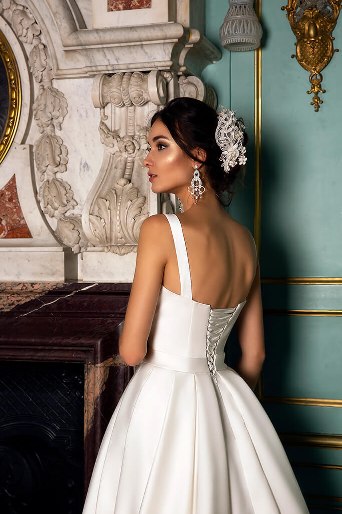 Wedding dresses Demetra Collection  Luxurious Spirit  Silhouette  A Line  Color  Ivory  Neckline  Straight  Sleeves  Wide straps  Train  With train - foto 4