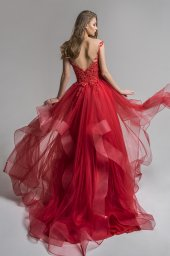 Evening Dresses 1656 Silhouette  A Line  Color  Red  Neckline  Straight  Sleeves  Wide straps  Train  No train - foto 3