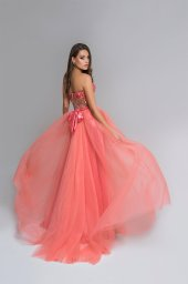 Evening Dresses 1677 Silhouette  A Line  Color  Peach  Pink  Neckline  Sweetheart  Sleeves  Strapless  Sleeveless  Train  With train - foto 3