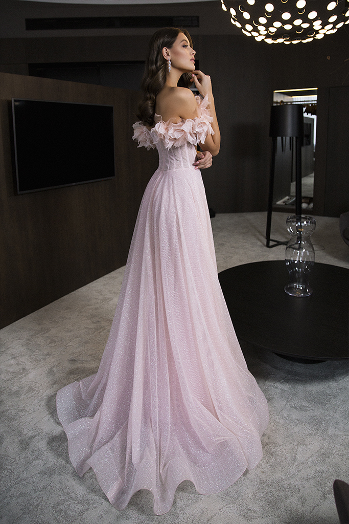 Evening Dresses 1830 Silhouette  A Line  Color  Pink  Neckline  Sweetheart  Sleeves  Wide straps  Off the Shoulder Sleeves  Train  No train - foto 5