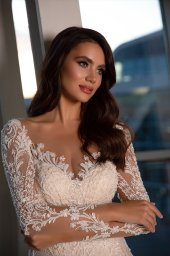 Wedding dresses Alma Collection  Gloss  Silhouette  Fitted  Color  Blush  Ivory  Neckline  Sweetheart  Sleeves  Long Sleeves  Fitted  Train  Detachable train - foto 3