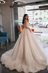 Wedding dresses Cherry Collection  Gloss  Silhouette  Ball Gown  Color  Blush  Ivory  Neckline  Sweetheart  Sleeves  Spaghetti Straps  Train  With train - foto 4