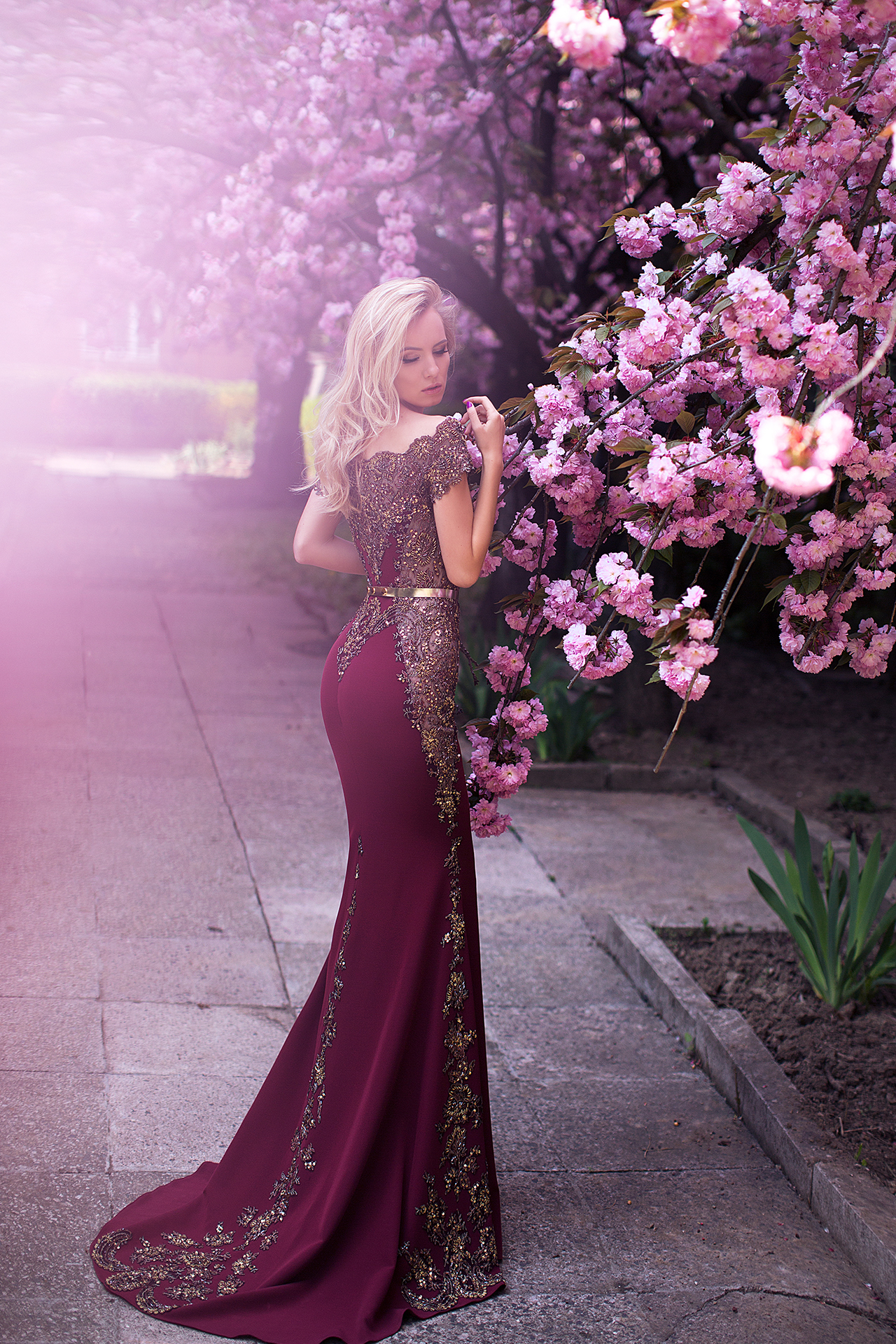 Evening Dresses 1077 Silhouette  Fitted  Color  Claret  Neckline  Straight  Sleeves  Off the Shoulder Sleeves  Train  With train