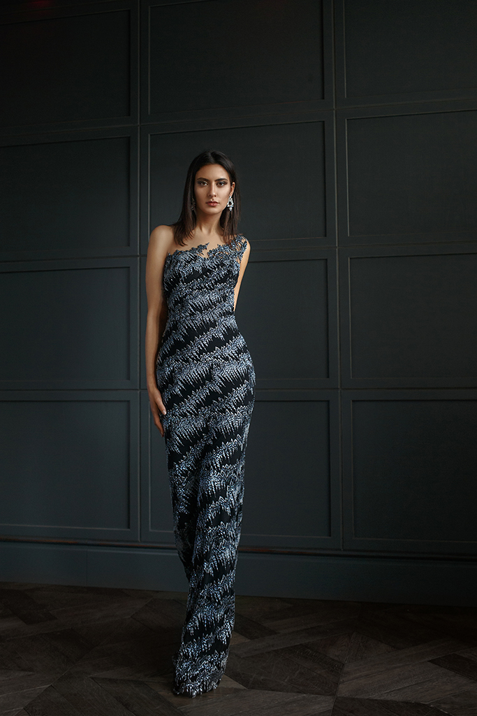 Evening Dresses 1395 Silhouette  Fitted  Color  Grey  Black  Sleeves  Wide straps  One Shoulder  Train  No train