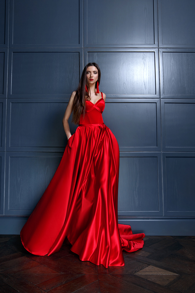 Evening Dresses 1440 Silhouette  A Line  Color  Red  Neckline  Sweetheart  Sleeves  Wide straps  Train  With train