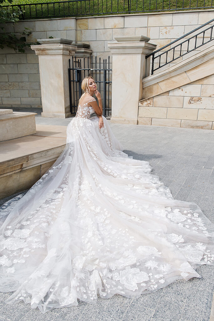 Wedding dresses Camea Collection  Iconic Look  Silhouette  Ball Gown  Color  Ivory  Neckline  Sweetheart  Illusion  Sleeves  Wide straps  Train  With train