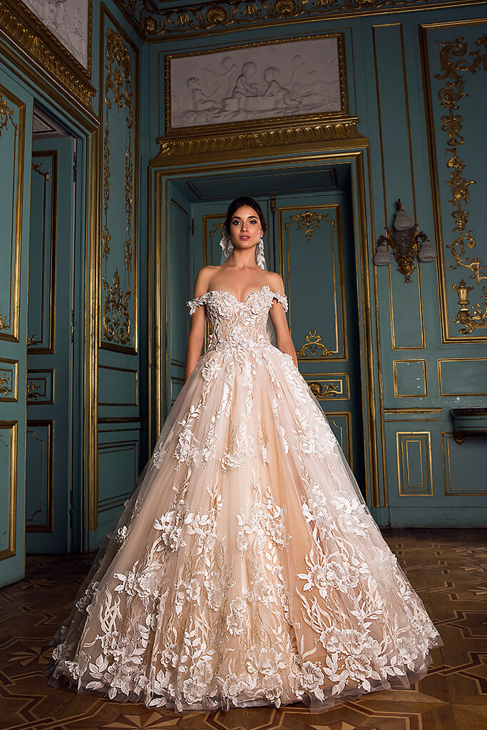 Wedding dresses Sansa Collection  Luxurious Spirit  Silhouette  Ball Gown  Color  Cappuccino  Ivory  Neckline  Sweetheart  Sleeves  Off the Shoulder Sleeves  Train  With train