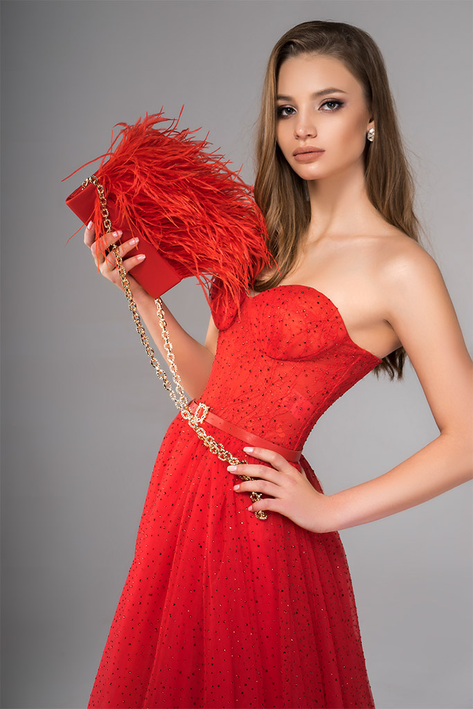 Evening Dresses 1817 Silhouette  A Line  Color  Red  Neckline  Sweetheart  Sleeves  Sleeveless  Train  No train