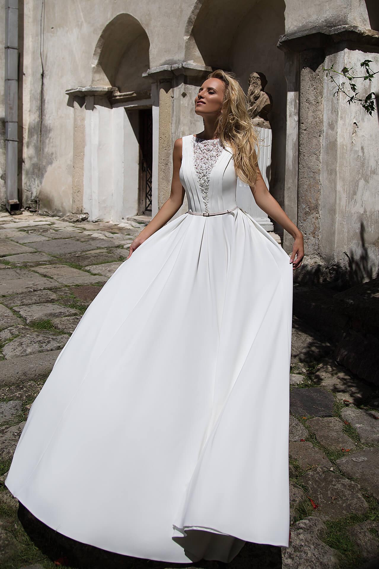 Весільні сукні Denny