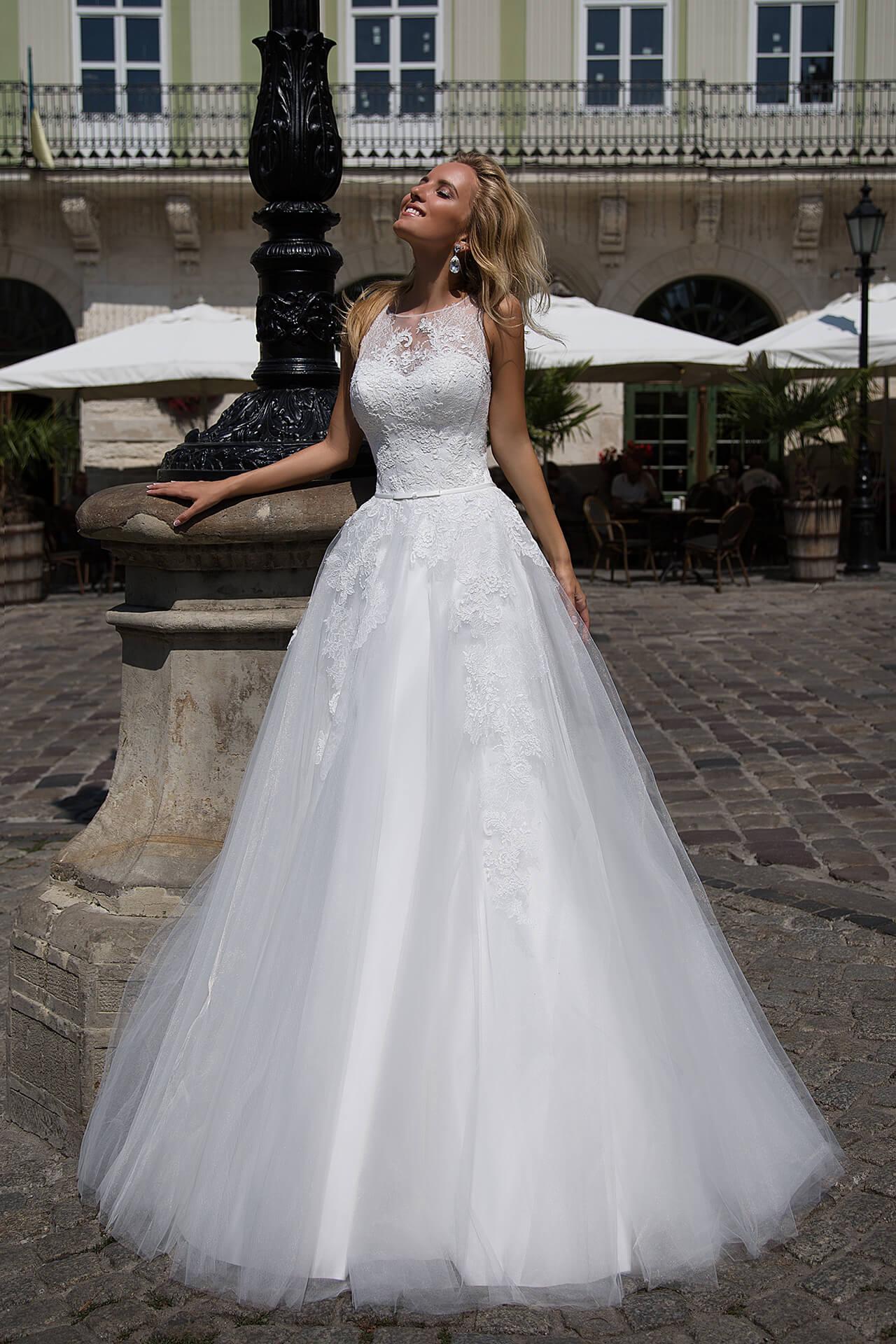 Свадебные платья Samanta