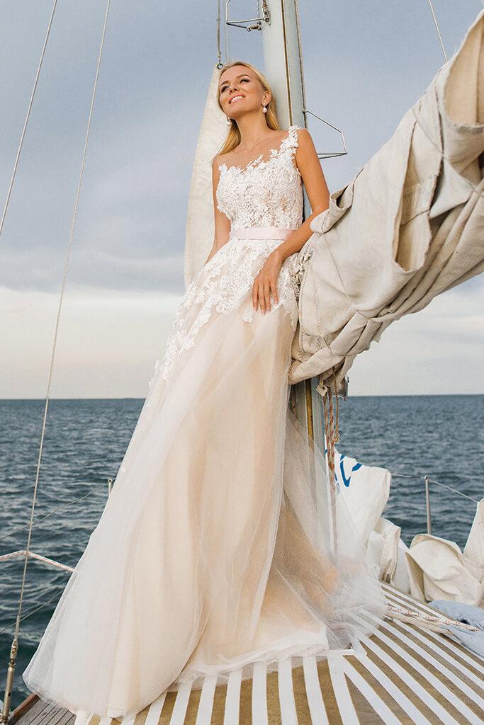 Wedding dresses Fia