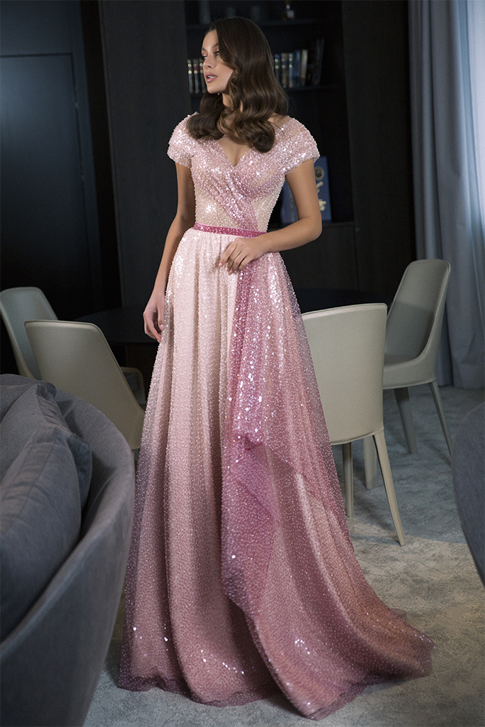 Evening Dresses 1786 Silhouette  A Line  Color  Pink  Neckline  Portrait (V-neck)  Sleeves  Wide straps  Off the Shoulder Sleeves  Train  No train