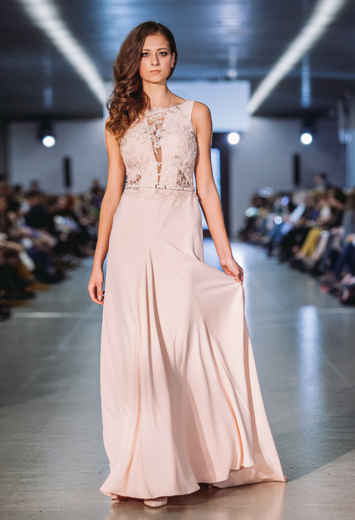 Evening gowns 868