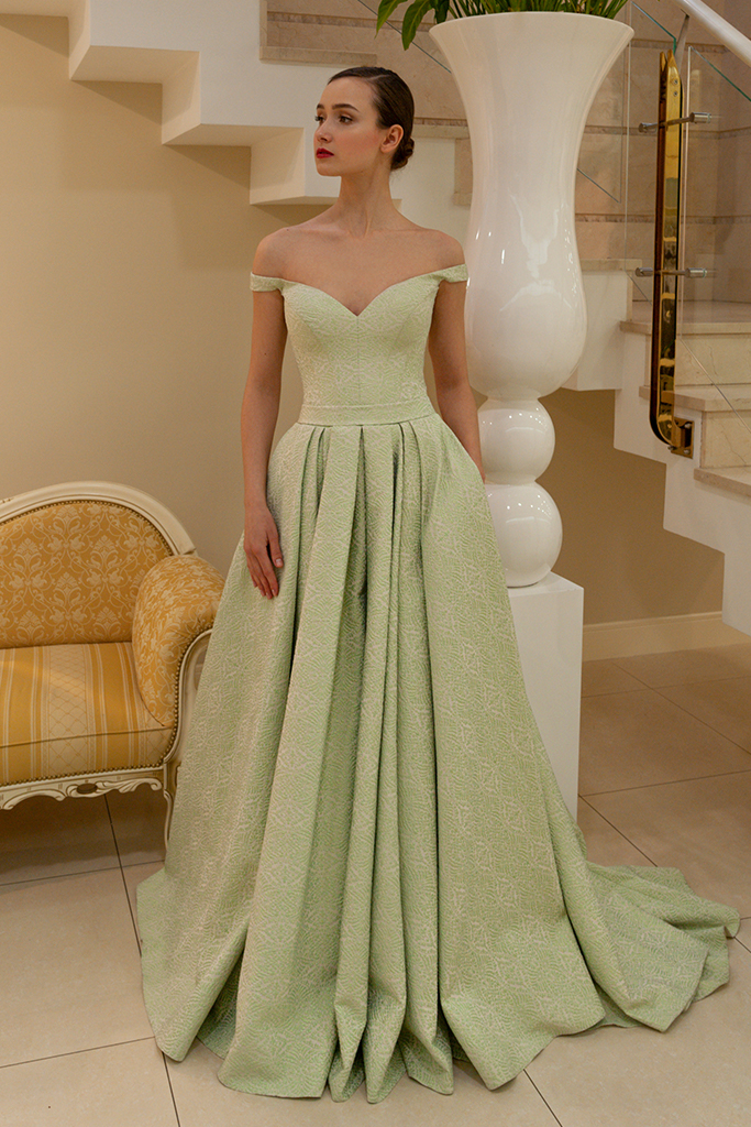 Evening gowns 1429