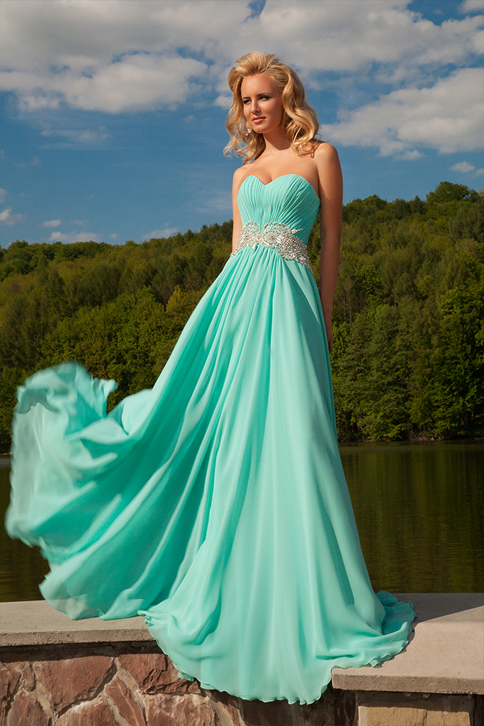 Evening gowns 571