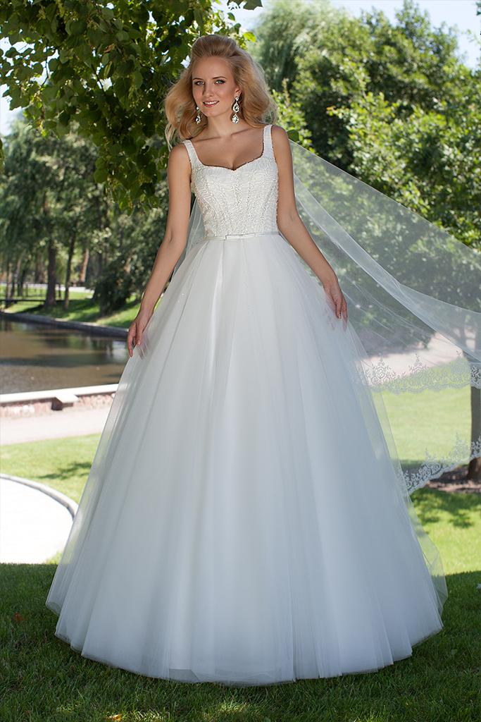 Wedding dresses Amanda