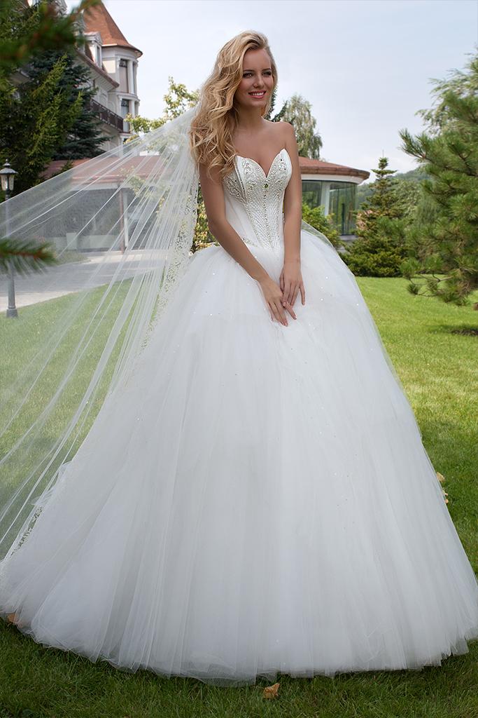 Свадебные платья Elian