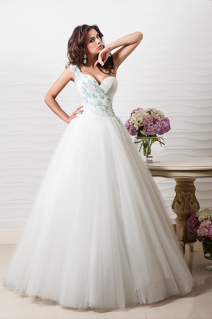 Wedding dresses Emerald