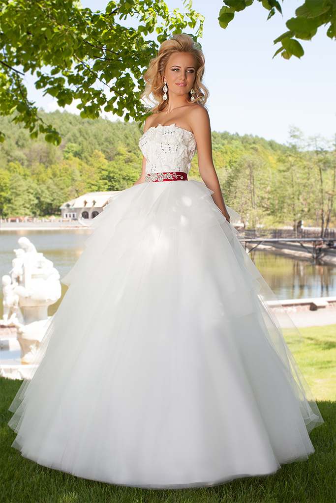 Wedding dresses Haily